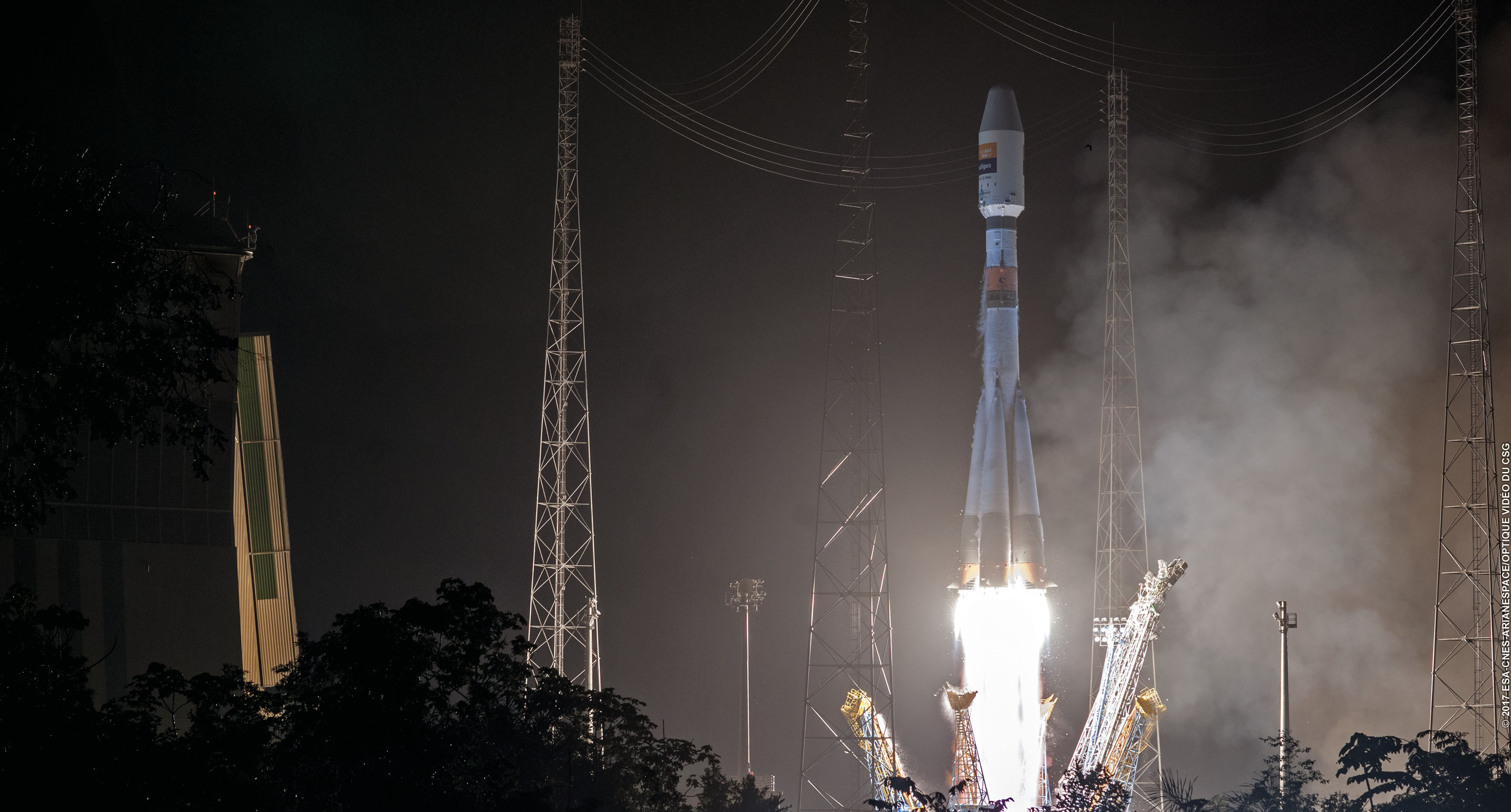 Launch of Hispasat 36W-1 (image: ESA/CNES/ARIANESPACE)
